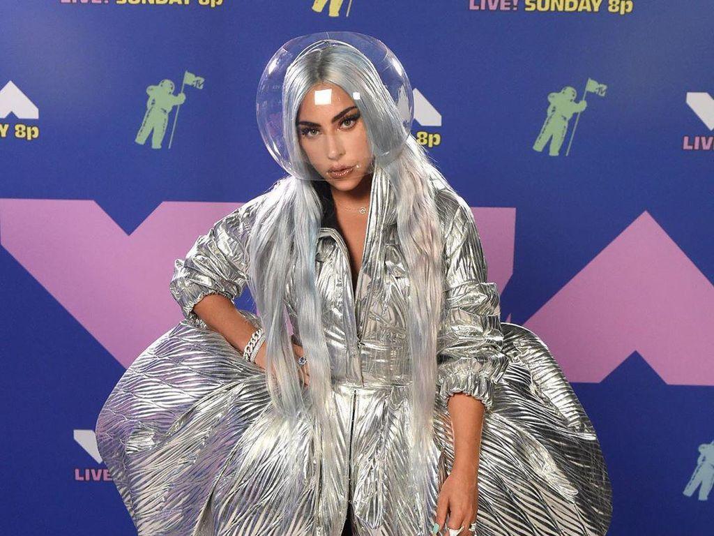 Nyanyi di Inagurasi Joe Biden, Lady Gaga Ungkap Harapan untuk AS