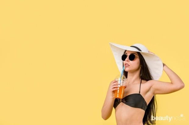 Ada berbagai penyebab kulit ketiak menjadi lebih gelap, diantaranya adalah penggunaan deodoran dan antiperspiran (produk yang mengandung iritan kimiawi).