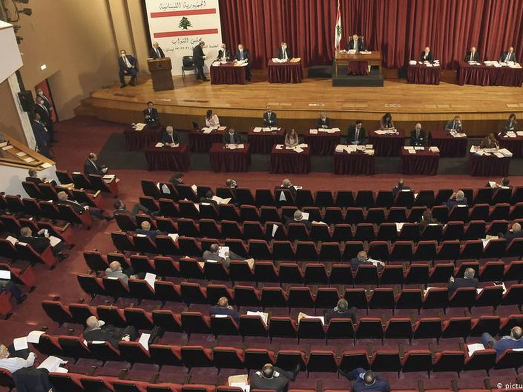 Lebanon Usulkan PM Baru, Hizbullah Sambut Reformasi