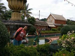 Menjelajahi Situs UNESCO di Laos, Luang Prabang