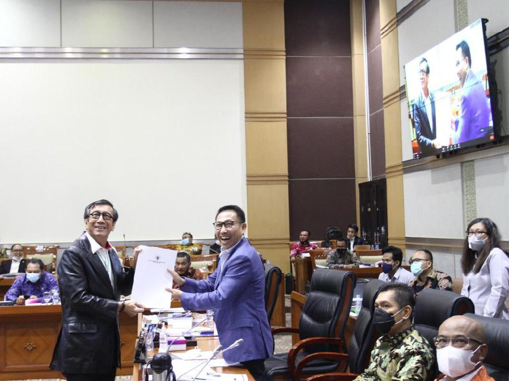 Komisi III DPR: Proses Rekrutmen Hakim MK Harus Transparan