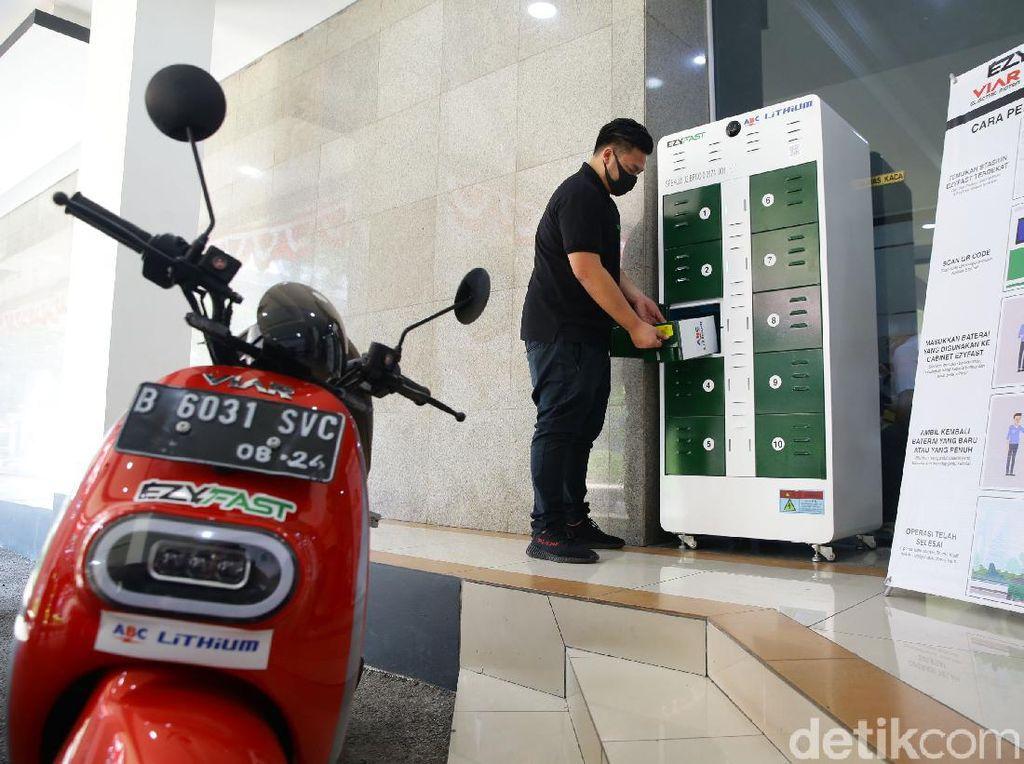 ESDM Luncurkan 3 Stasiun Penukaran Baterai Kendaraan Listrik Umum