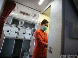 Cerita Pramugari dan Pramugara Garuda Indonesia di Tengah Pandemi