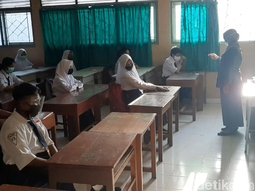 63 TK-SD-SMP Sragen Mulai Sekolah Tatap Muka Hari Ini