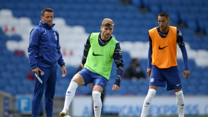 BRIGHTON, ENGLAND - AUGUST 29: Timo Werner of Chelsea warms up ahead of the pre-season friendly between Brighton & Hove Albion and Chelsea  at Amex Stadium on August 29, 2020 in Brighton, England. (Photo by Steve Bardens/Getty Images)