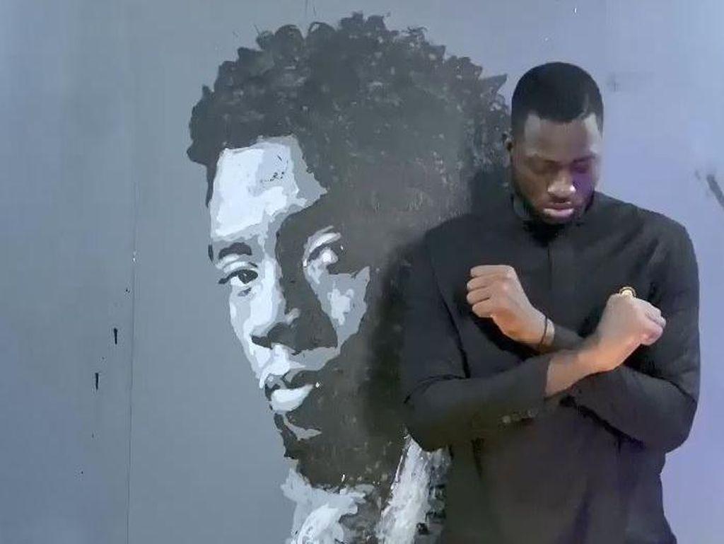 Tribute Super Keren Seniman Senegal untuk Chadwick Boseman