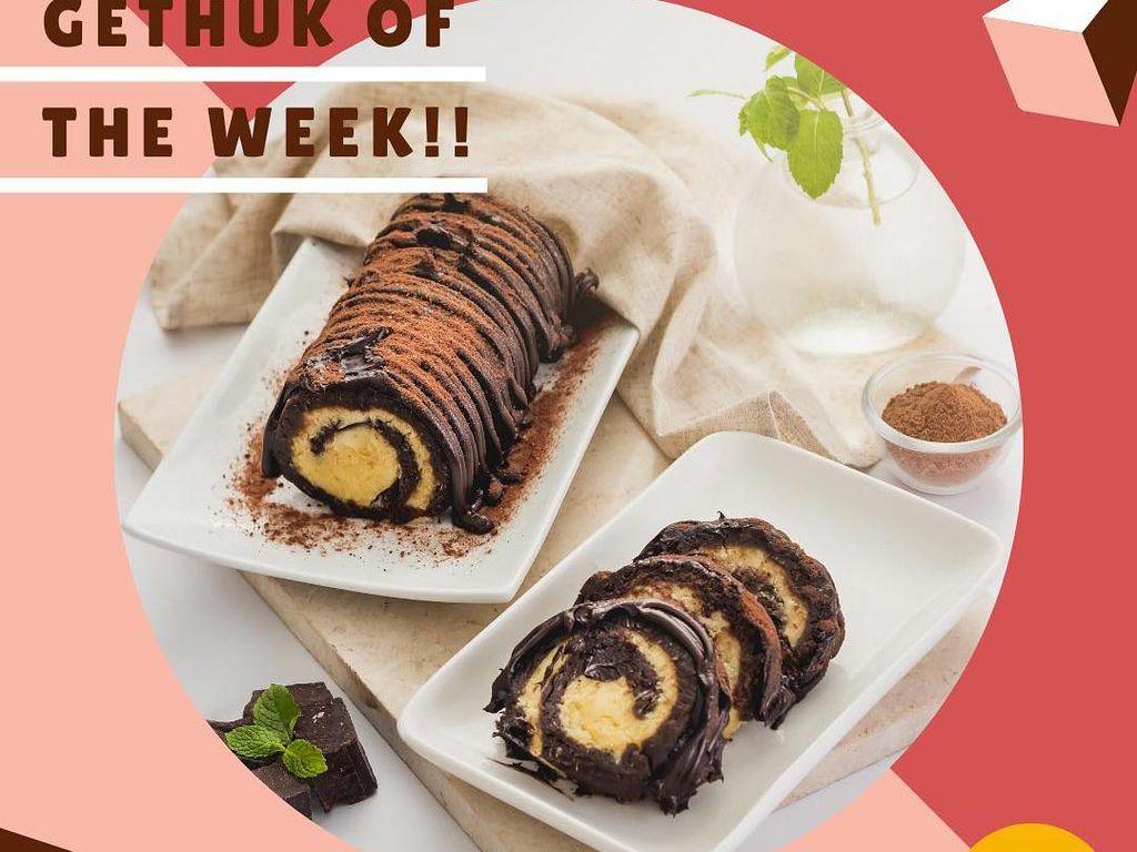 Salut! 5 Mahasiswa Ini Sukses Jualan Makanan Beromzet Ratusan Juta