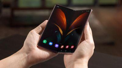 Galaxy Z Fold2 Punya Kamera Mumpuni dan Kaya Fitur