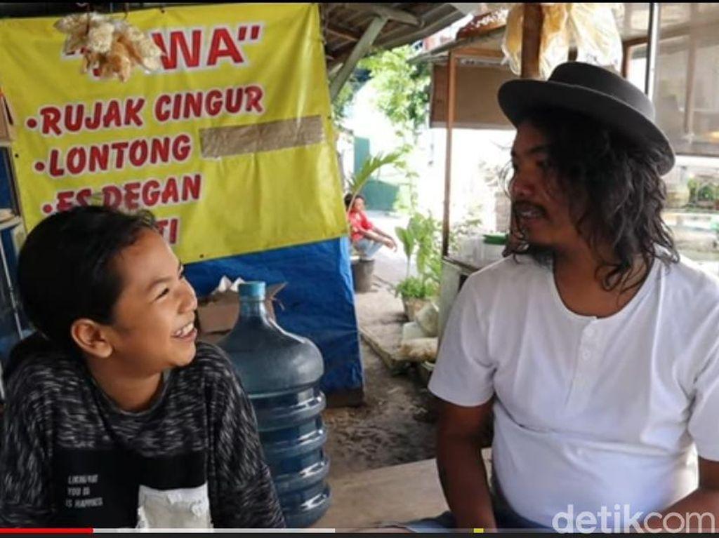 Remaja Surabaya Lihai Main Biola Pernah Kolaborasi Bareng Komika Dodit Mulyanto