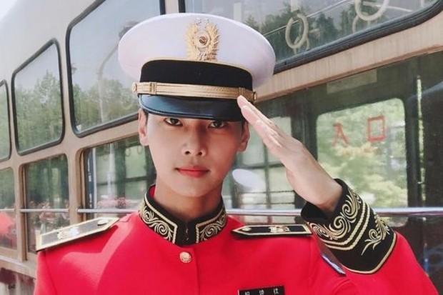 N VIXX akan keluar wajib militer pada tanggal 7 Oktober mendatang.
