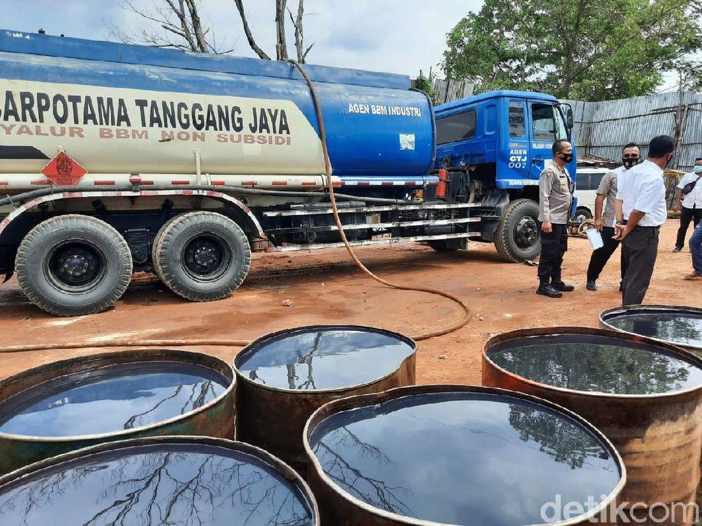 Polisi Tetapkan 4 Tersangka Kasus Pengoplosan 50 Ribu Liter BBM di Jambi