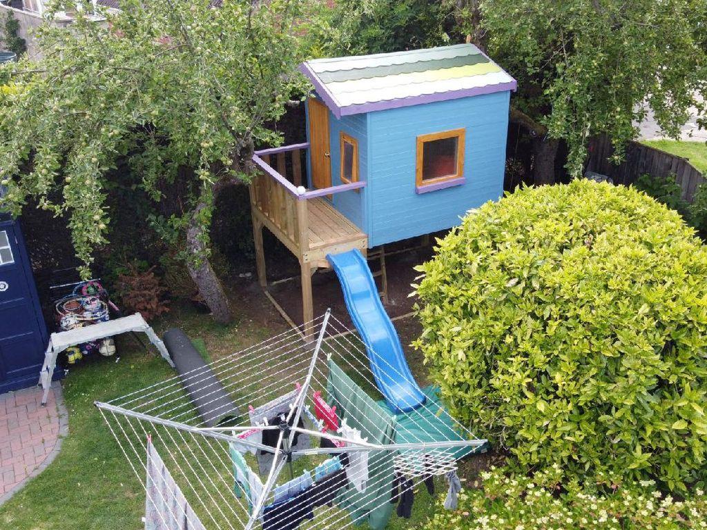 Iseng Daftarkan Rumah Mainan di Airbnb, Eh... Ada yang Pesan