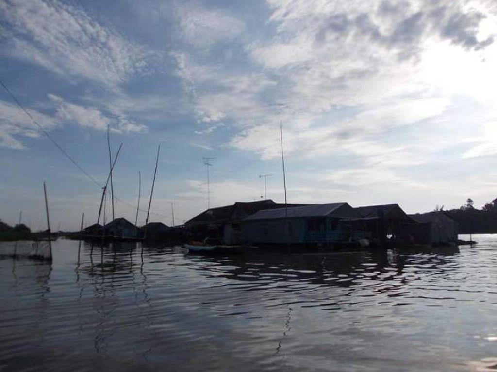 Menyusuri Sungai Bassac di Chau Doc Vietnam