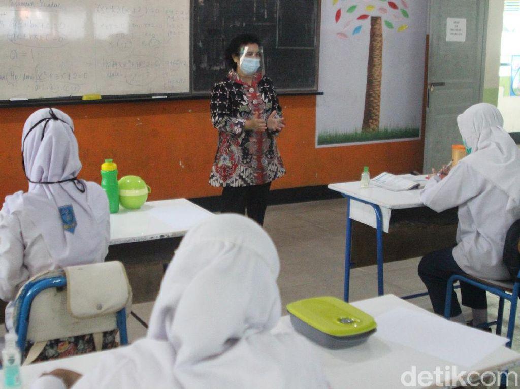 Pemkot Pontianak Uji Coba Belajar Tatap Muka di SMP N 1 Pontianak