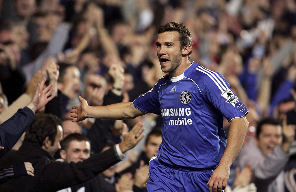 LONDON - NOVEMBER 08:  Andriy Shevchenko of Chelsea celebrates scoring during the fourth round Carling Cup match between Chelsea and Aston Villa at Stamford Bridge on November 8, 2006 London, England.  (Photo by Phil Cole/Getty Images)
