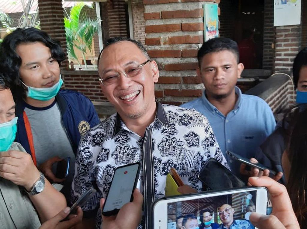 Dipasangkan PDIP dengan Kadernya di Pilkada Cilegon, Helldy Tetap Pilih Sanuji