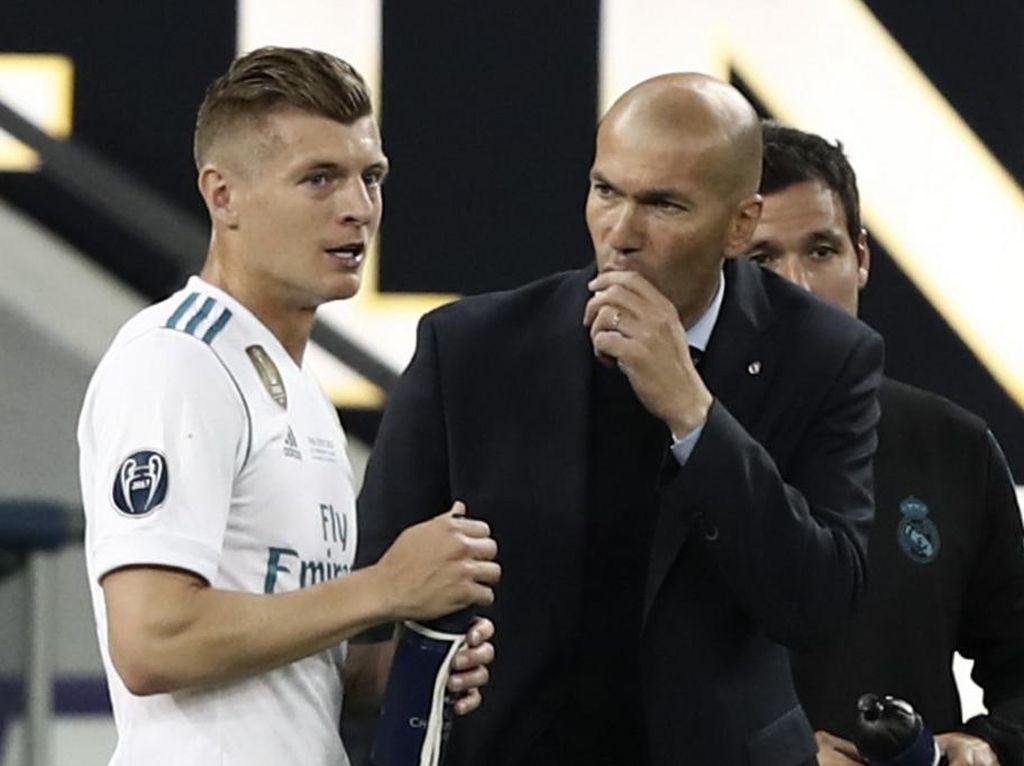Kroos Tak Risau Madrid Kerap Diterpa Isu Pemecatan Zidane