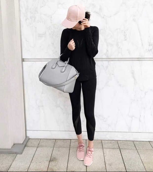 Memilih legging dengan bahan yang tepat akan memberikan kenyamanan tersendiri.