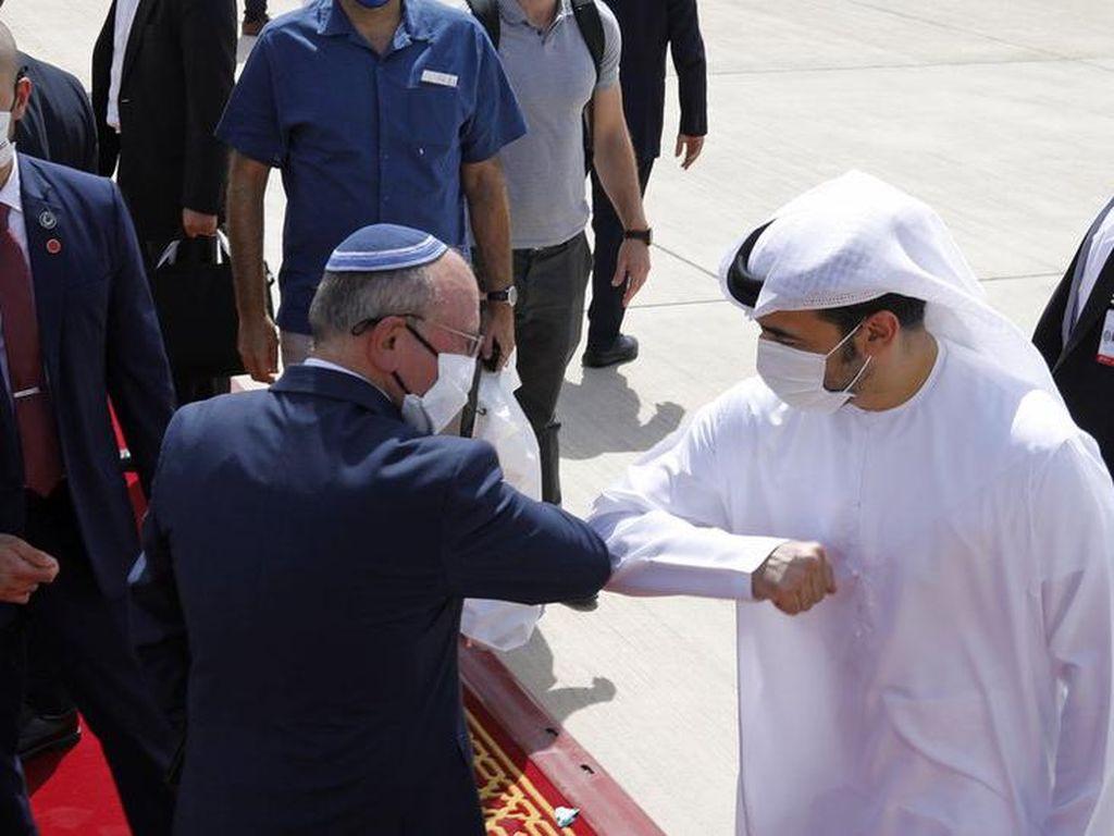 Penerbangan Bersejarah Israel-UEA Diluncurkan, Palestina Merasa Dikhianati