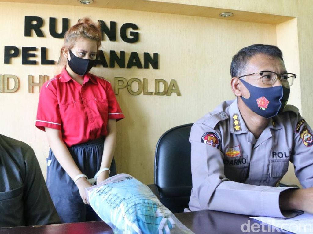 Polisi Usut Pengelola Situs Judi Online yang Endorse Selebgram Cantik
