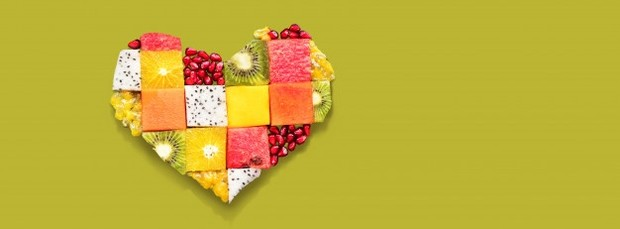 Kebiasaan ini akan membuatmu tidak menyadari sudah sebanyak apa kamu makan. Alhasil badan akan menerima lebih banyak asupan daripada yang dibutuhkannya. Jangan heran jika kamu gagal terus saat diet.