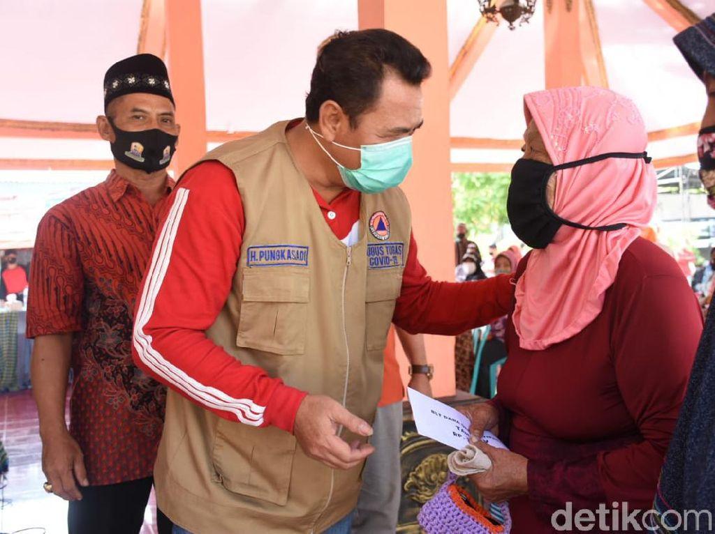 BLT Dampak Pandemi Molor 2 Bulan, Warga Mojokerto Protes