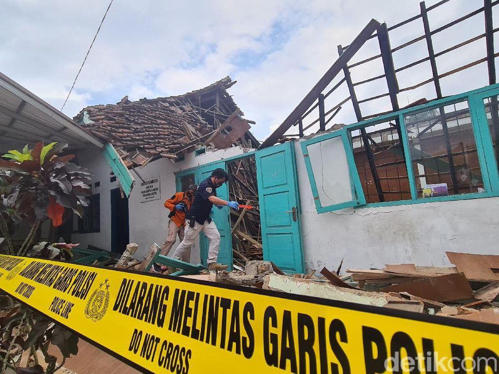 Gedung BNN di Sukabumi Ambruk, 5 Pegawai Dilarikan ke RS
