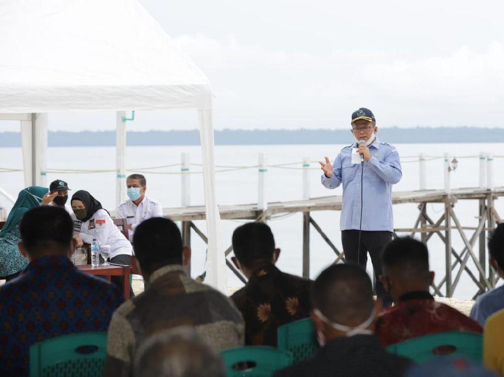 Edhy Prabowo Ajak Pelaku Pariwisata di Maratua Ikut Berbisnis Ikan