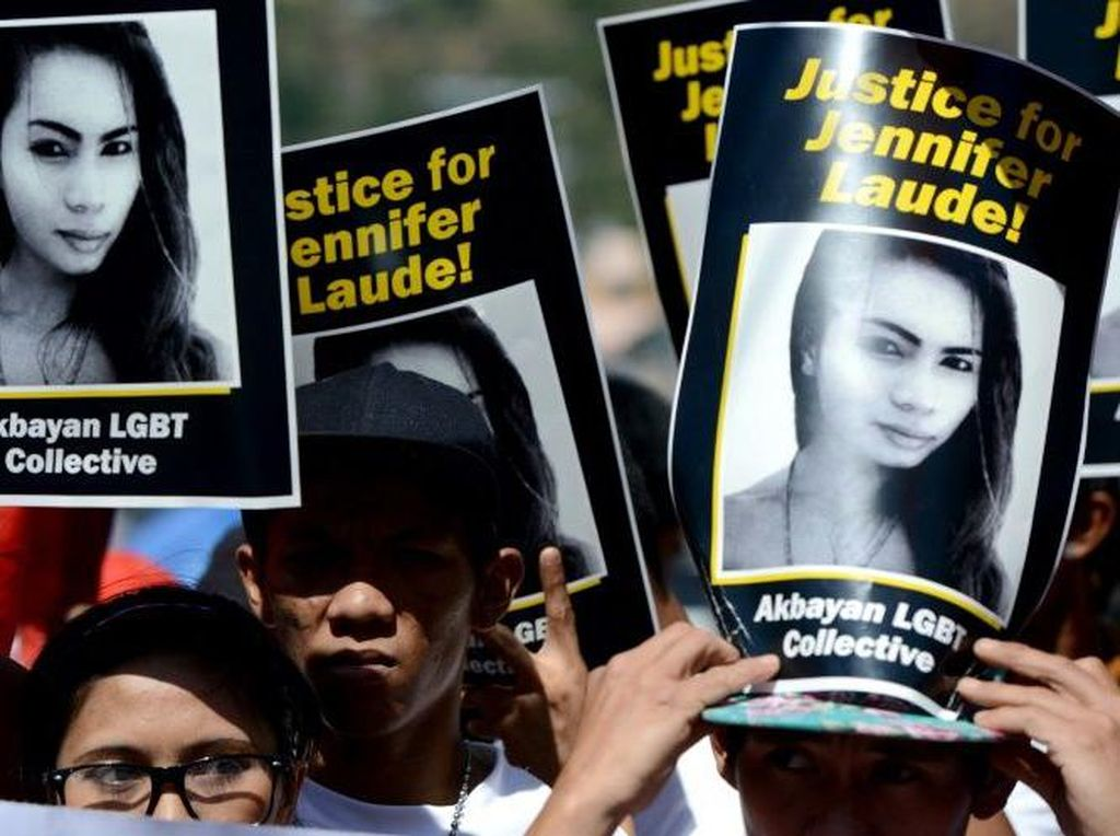 Filipina Tunda Pembebasan Awal Marinir AS yang Bunuh Transgender