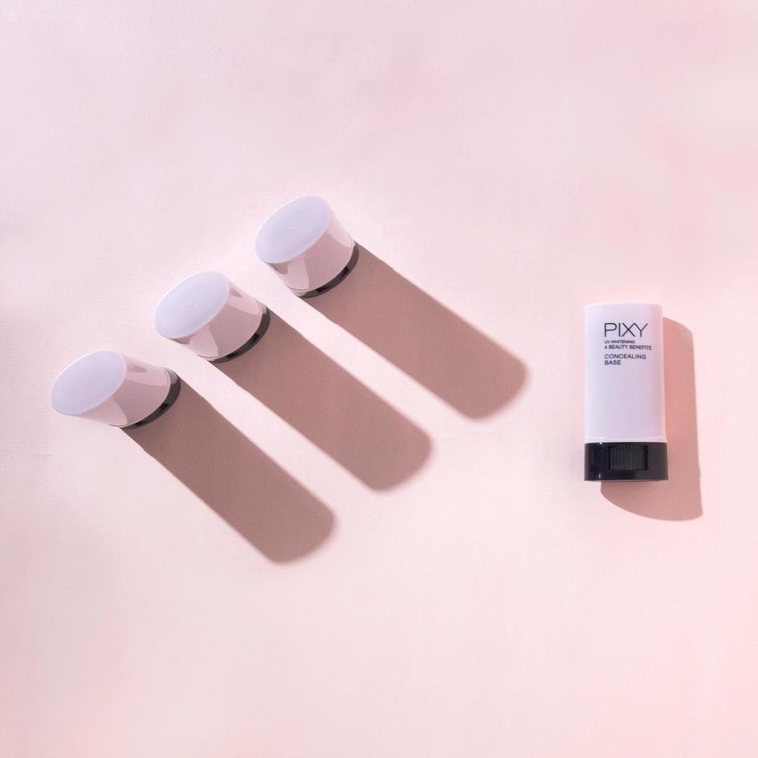 Pixy 4 Beauty Benefits Concealing Base