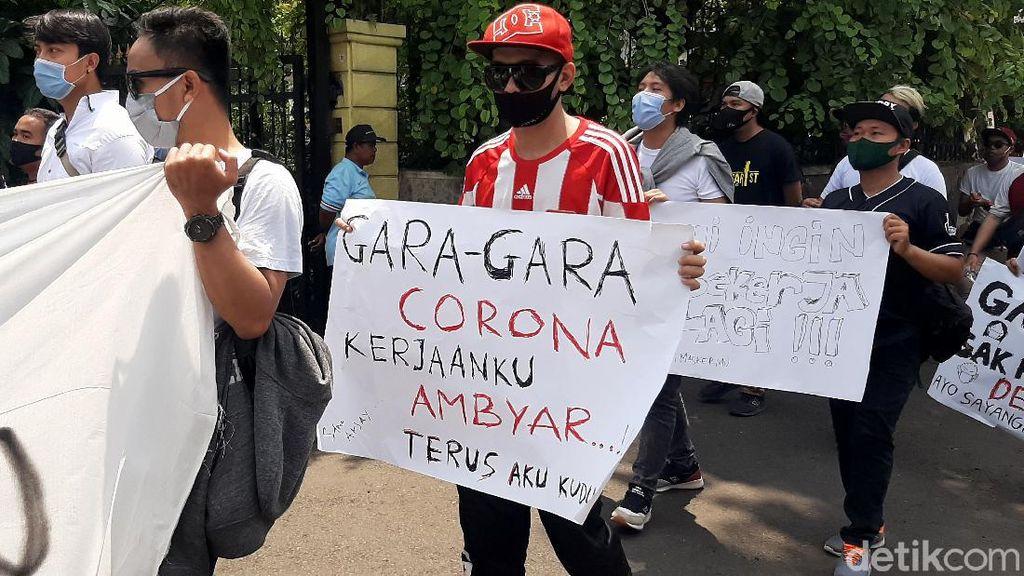 Ragam Poster Curahan Hati Para Musisi Kafe dan Resto di Bogor