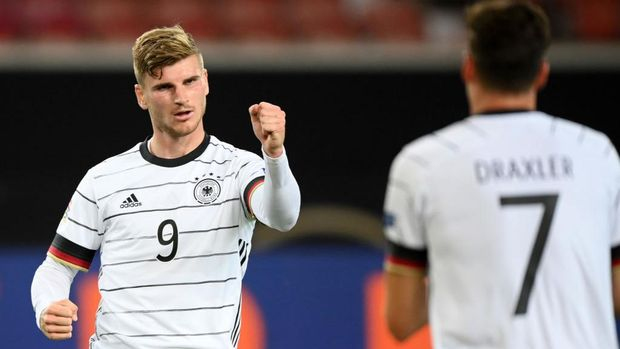 STUTTGART, GERMANY - SEPTEMBER 03: Timo Werner of Germany celebrates after scoring his team's first goal during the UEFA Nations League group stage match between Germany and Spain at Mercedes-Benz Arena on September 03, 2020 in Stuttgart, Germany. (Photo by Matthias Hangst/Getty Images)