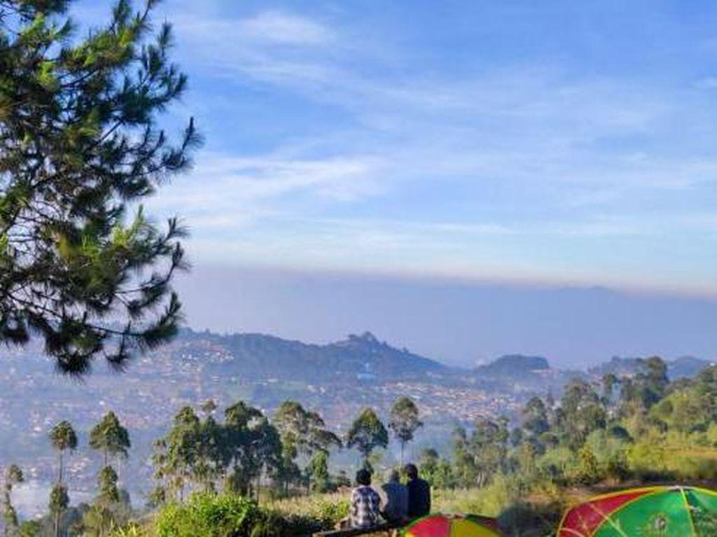 Asyik Juga Nih, Camping di Gunung Putri