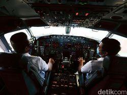 Begini Potret Ruang Kemudi Pesawat Garuda