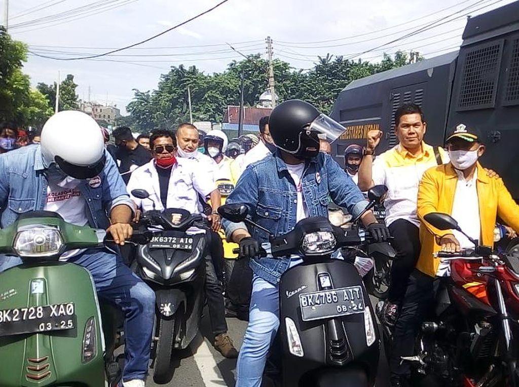 Intip Sederet Kendaraan Mantu Jokowi yang Maju Jadi Cawalkot Medan