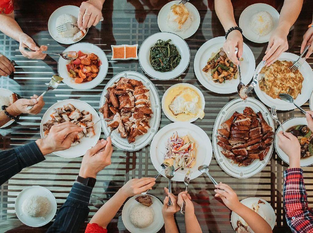 Hukum Membuang Makanan dalam Islam, Bolehkah Dilakukan?
