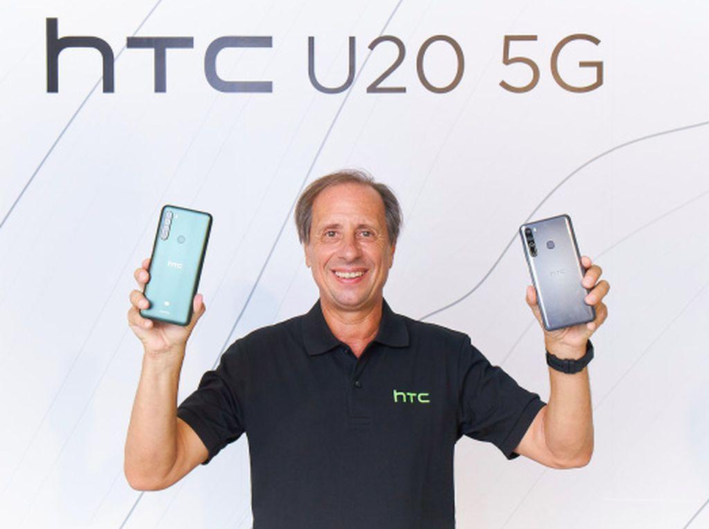 Kurang dari Setahun Menjabat, CEO HTC Undur Diri