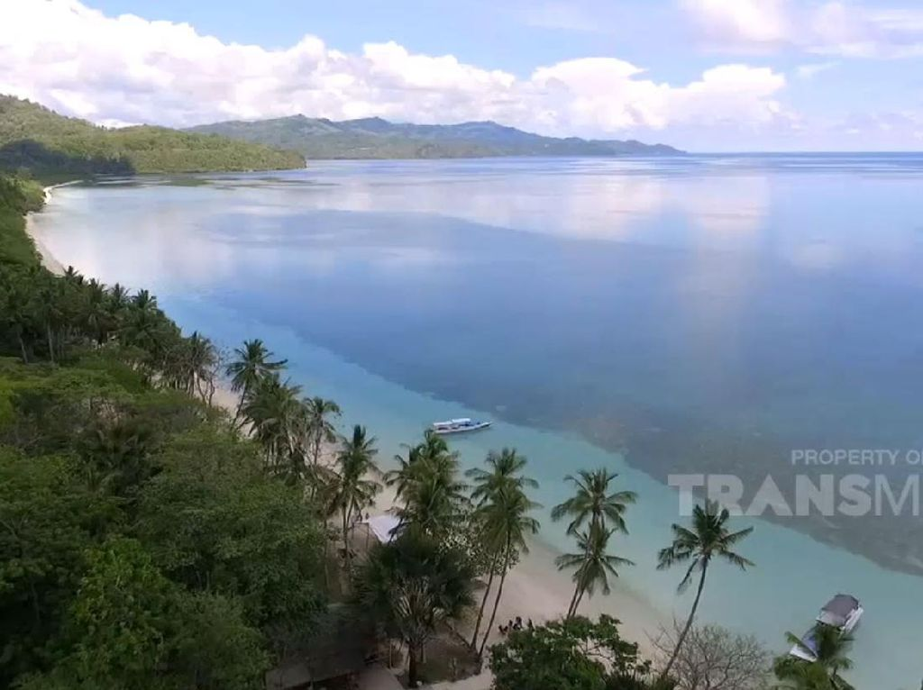 My Trip My Adventure: Memesonanya Pantai Pinang Selayar