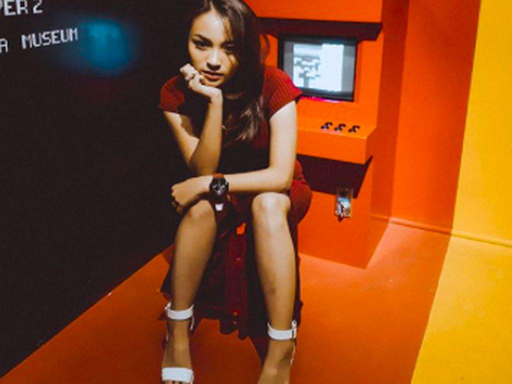 Instagram Revina VT Direnggut Polisi Buntut Kasus dengan Dedy Susanto
