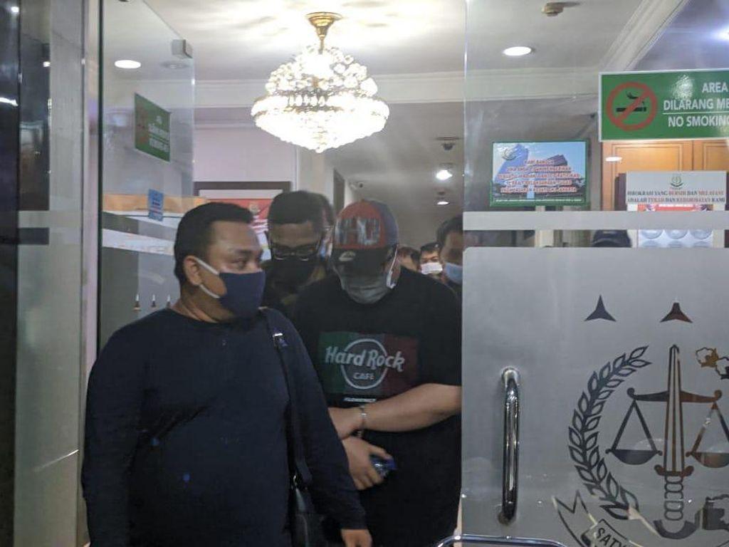 Ditangkap, Eks Dirut TransJ Donny Saragih Dieksekusi ke Lapas Salemba