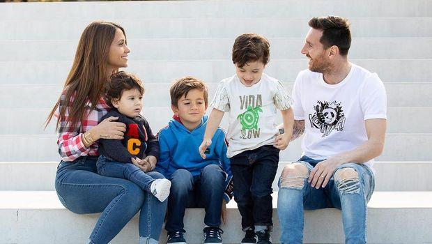 Lionel Messi's family.