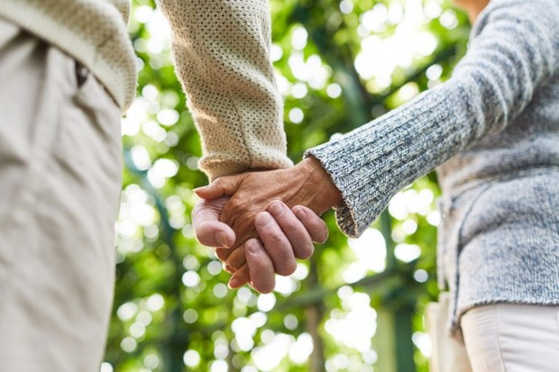 Tentu bersahabat bertahun-tahun akan membuatmu menjadi salah satu orang yang paling tahu tentang dirinya.