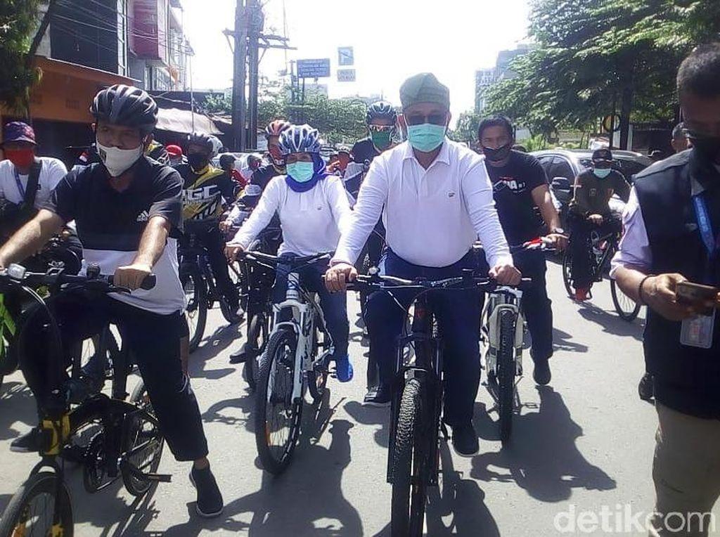 Mendagri Tegur Akhyar Gegara Kerumunan ke KPU, PD: Sebelah Kok Nggak
