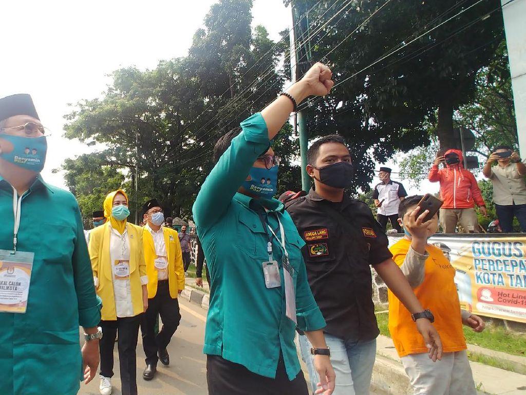 Daftar ke KPUD, Petahana Calon Wali Kota Tangsel Ungkit Pencapaian