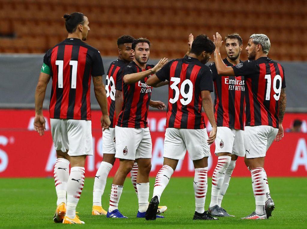 AC Milan Menang Telak 4-1 Atas Monza di Laga Uji Coba