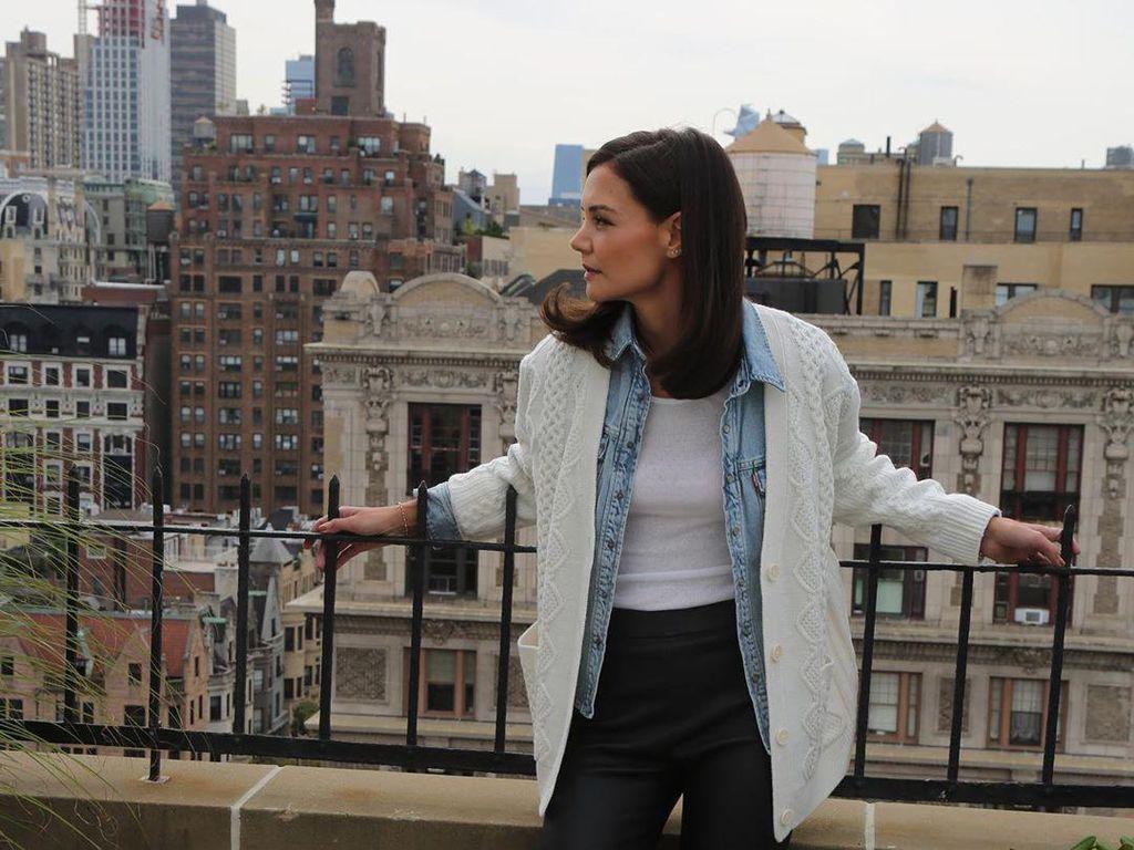 Asmara Katie Holmes dan Emilio Vitolo Tak Disetujui Ibunda