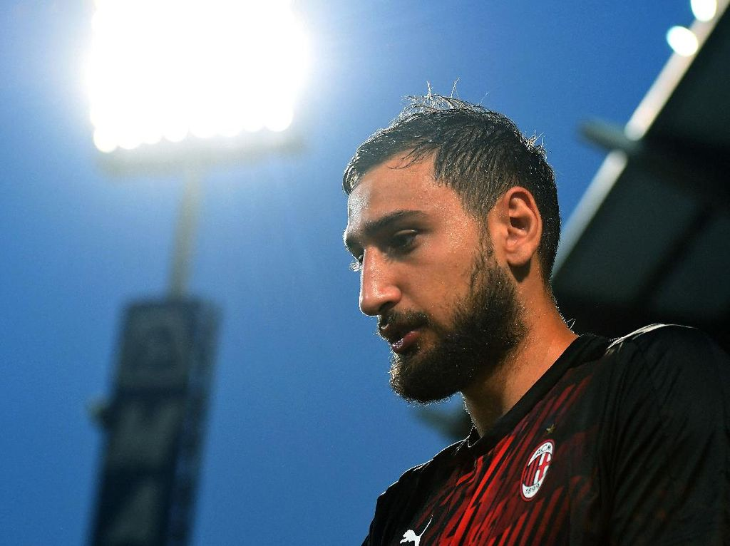 Donnarumma Minta Kenaikan Gaji Nyaris 2 Kali Lipat ke AC Milan
