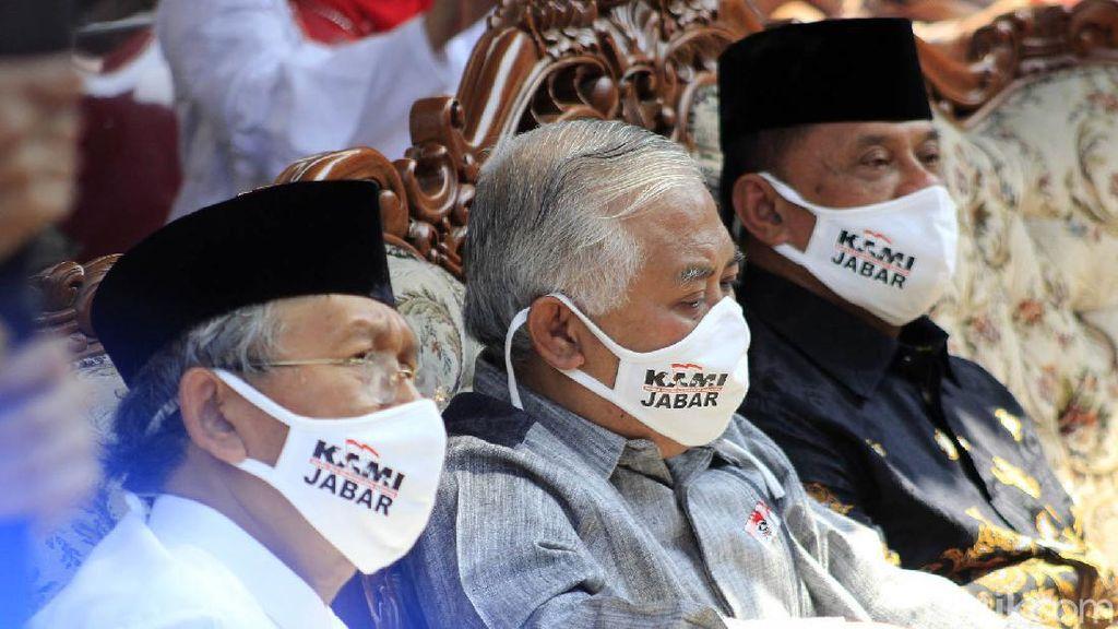 Din Syamsuddin-Gatot Nurmantyo Kompak Bermasker KAMI Jabar