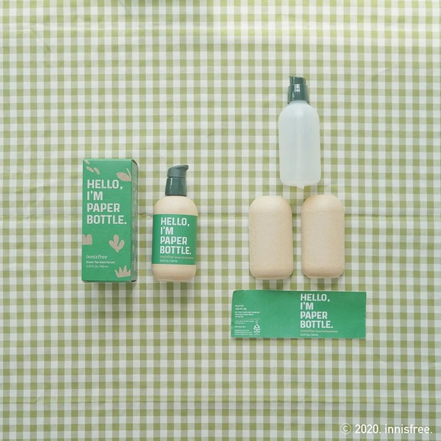 Meski tidak sepenuhnya bebas plastik, setidaknya penemuan dari produk Innisfree ini cukup cerdik untuk produk cair.