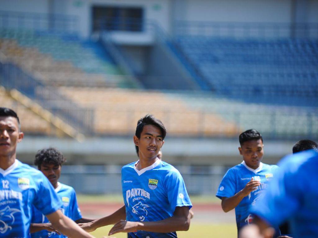 Persib Bandung Kembali Kedatangan Pemain Muda untuk Trial